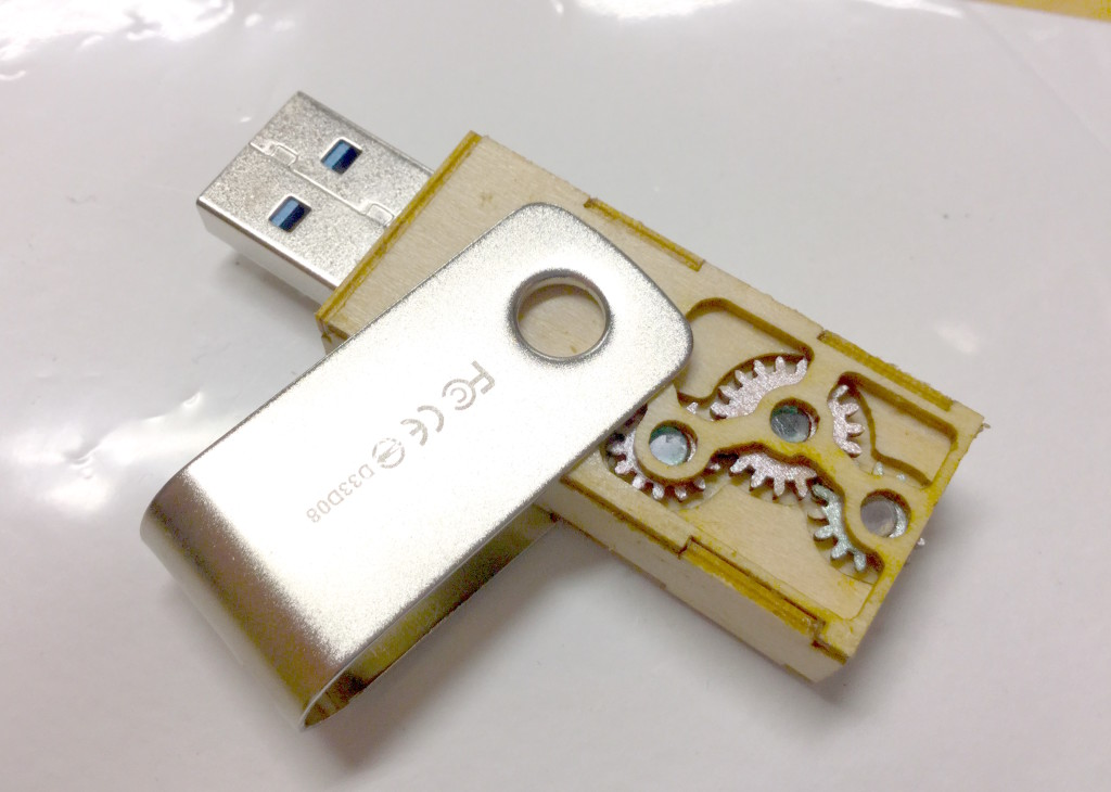 USBメモリオリジナルケース